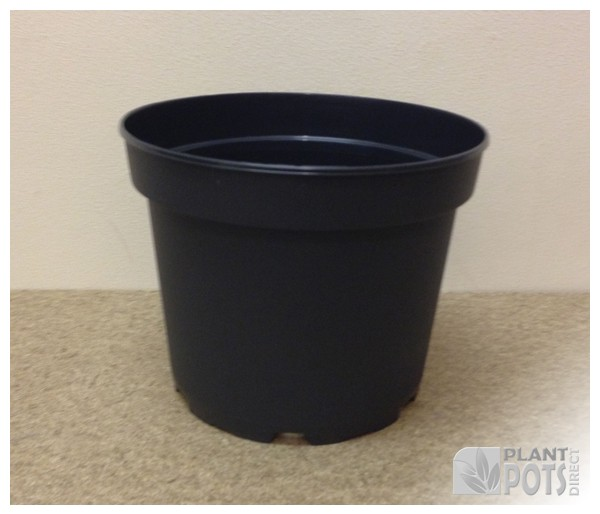 17cm Round injection moulded rigid plastic plant pot (6.5 inch round)