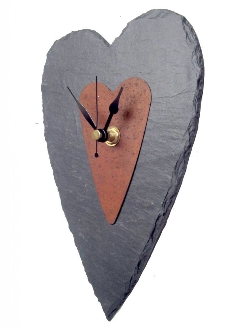 Slate heart clock with rusty tin centre